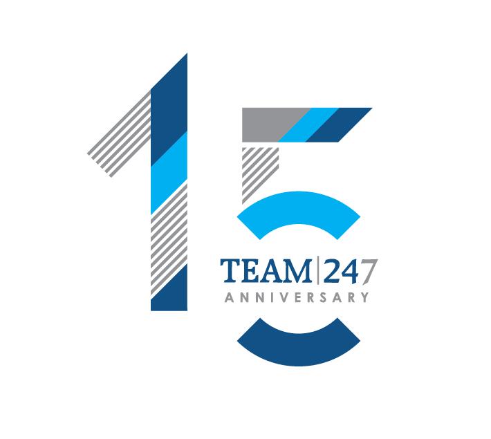 TEAM247_15Ann_Cake_25x25cm.png