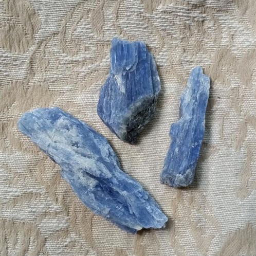 Kyanite - loose stone