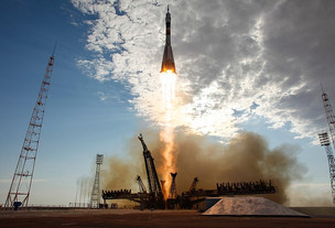 NASA May Book Space on April Soyuz Mission to ISS