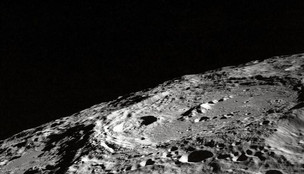 Scientists Propose To Build Huge Solar-powered Ark On Moon To Save Earth Species