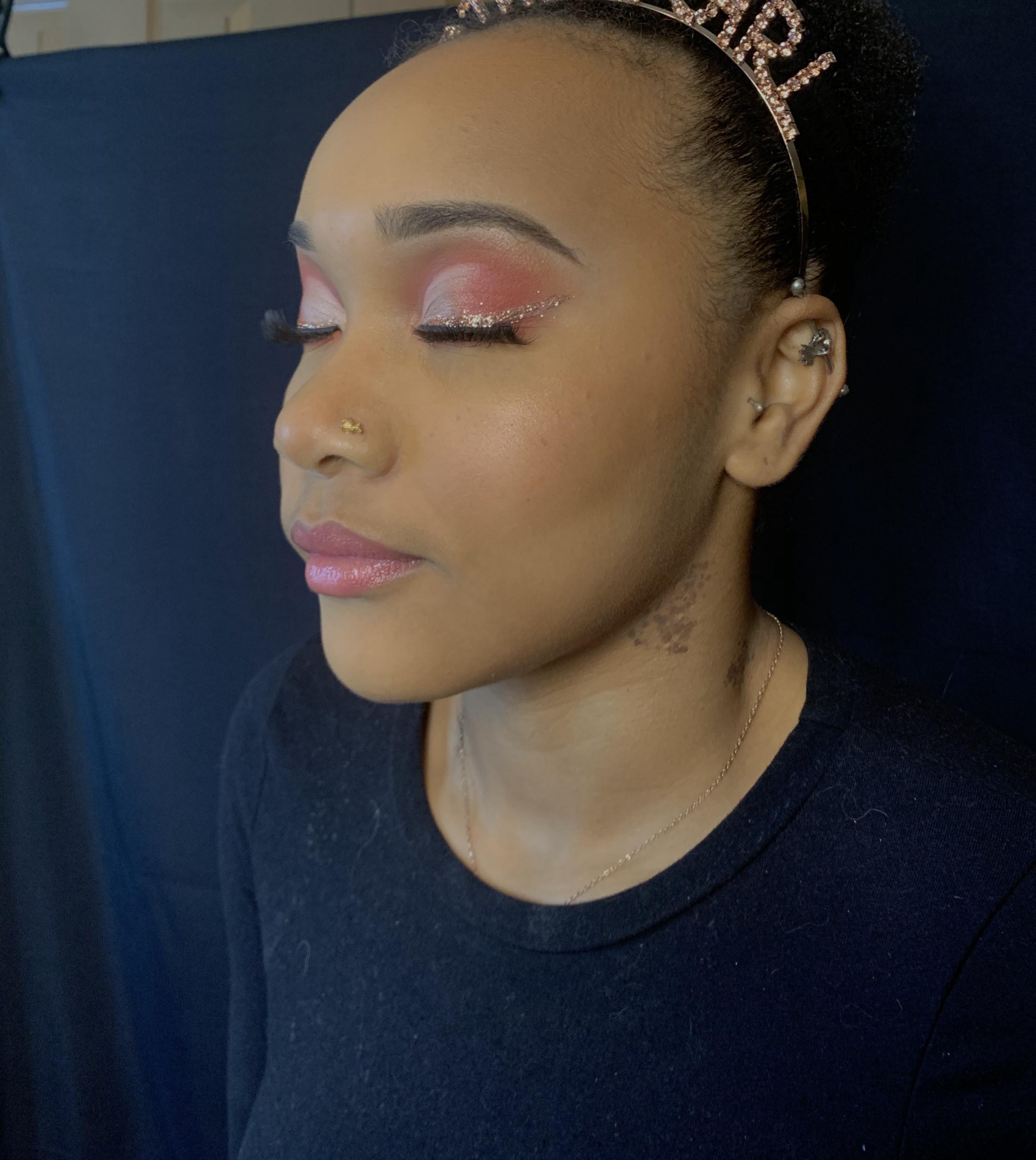 Full Glam Makeup (60-90 mins)