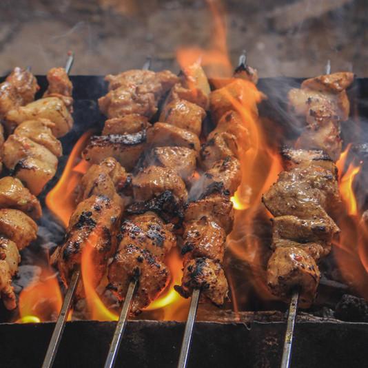 grilled-meats-on-skewers-2233729.jpg