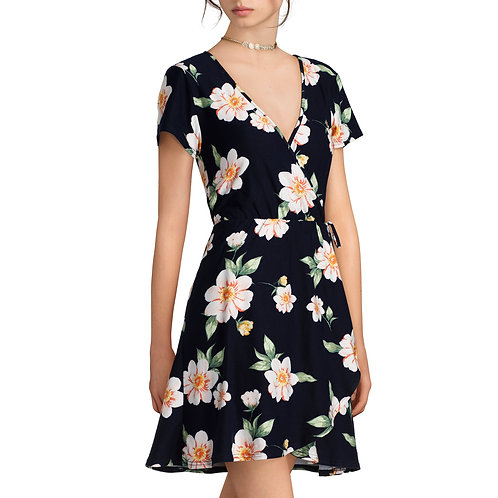 Juniors' Yummy Short Sleeve Wrap Dress