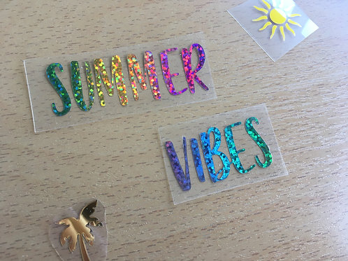 "Texte thermocollant ""Summer Vibes""- Arc-en-ciel paillettes"