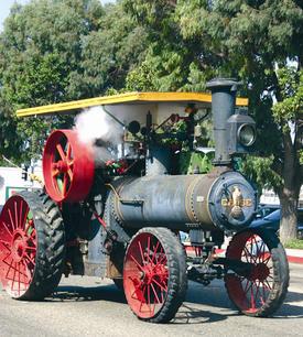 TractorSteam.jpg