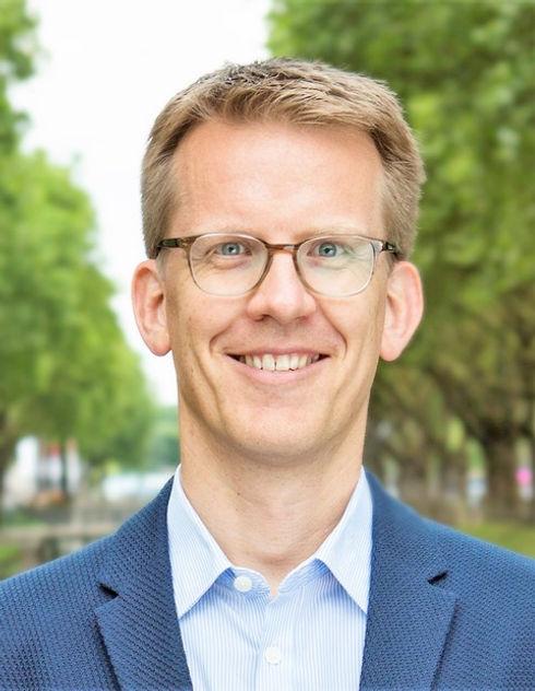 Rene_Kusch_RELEVANT_Königsallee_Düss