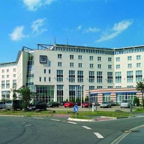 Hotel%20NH%20M%C3%B6rfelden%20Au%C3%9Fen_edited.jpg