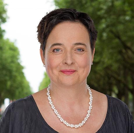 Annette Czernik.jpg