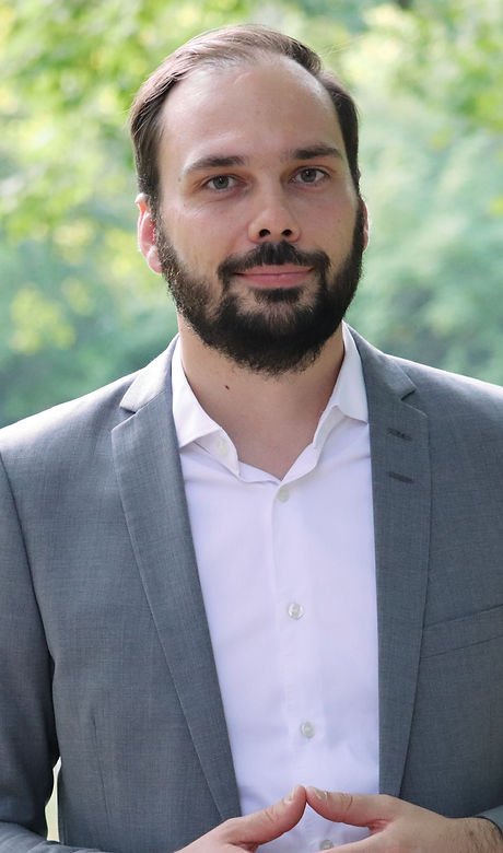 Dr Niklas Friedrich