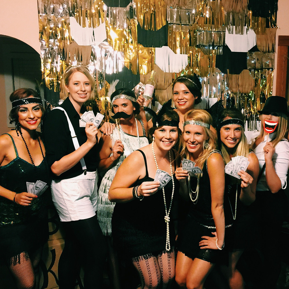 20's themed party with black, white and gold