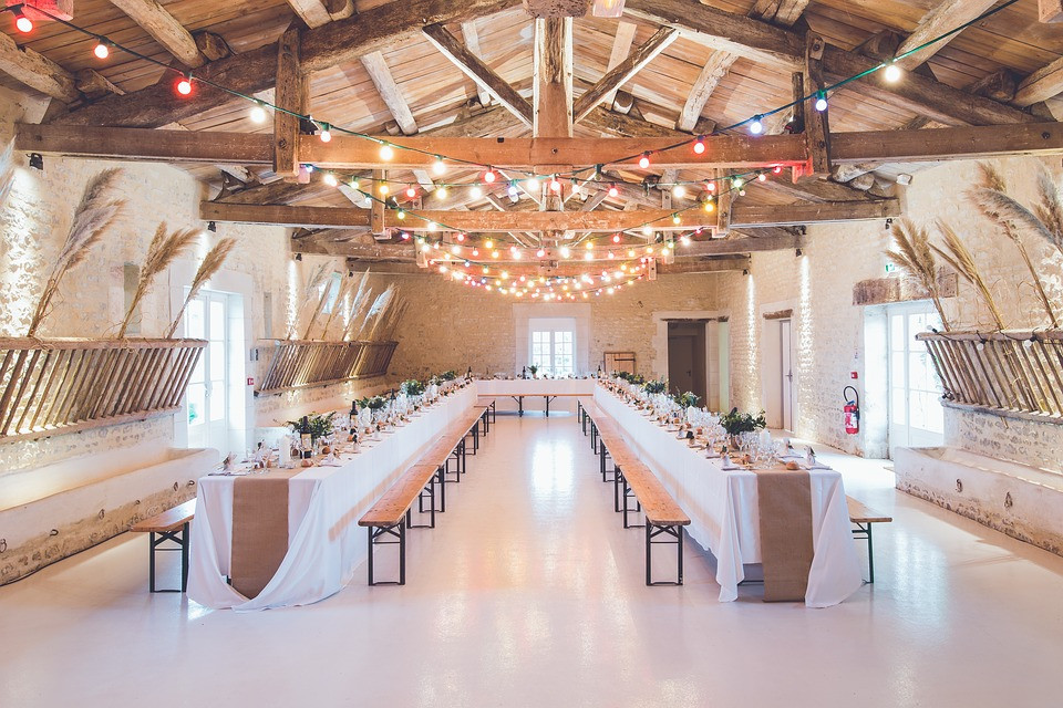 Banquet hall with white decoration