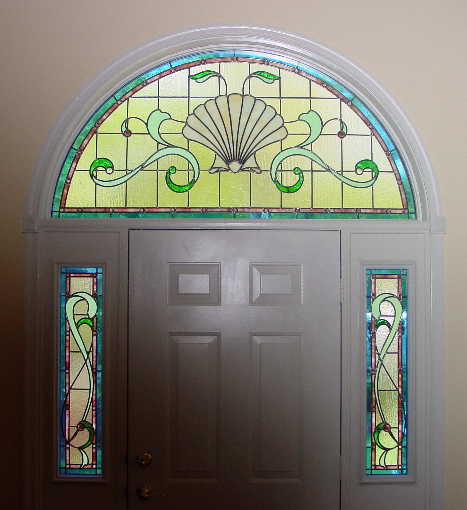 Shell Transom and Sidelights