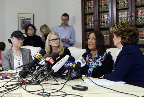 Pennsylvania Judge Rules Only One Additional Accuser Can Testify at Bill Cosby's Trial