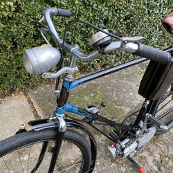 Simsonfahrrad mit Steppkehilfsmotor