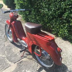 Jawa Pionyr 555