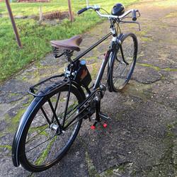 MIFA Fahrrad mit Steppke Hilfsmotor