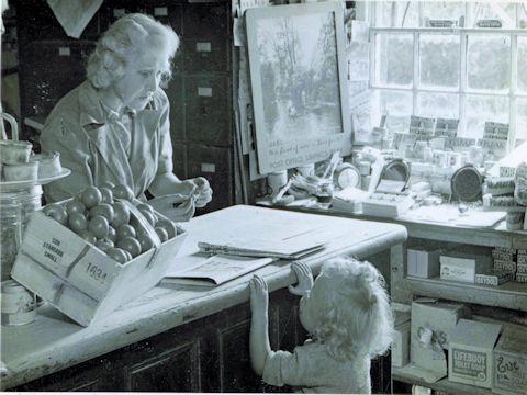Tilly Sadler & Master Robert Webster c.1