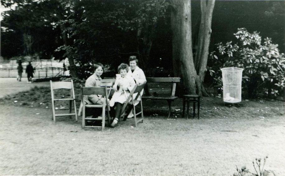 Cross Lanes school trip to Flamingo Park, 1964