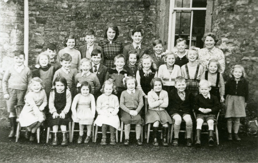 Mrs Knifton and Cross Lanes pupils, 1954