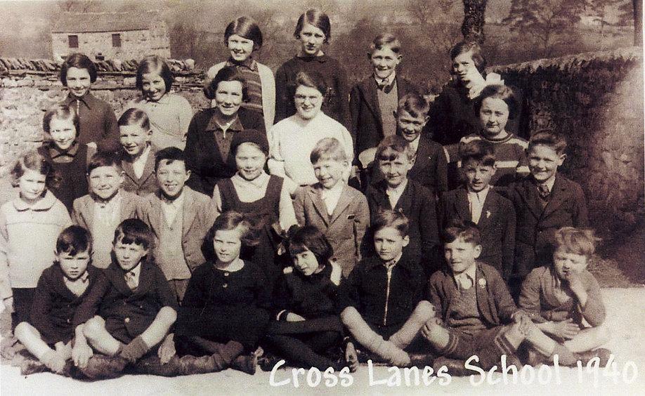 Cross Lanes pupils, 1940