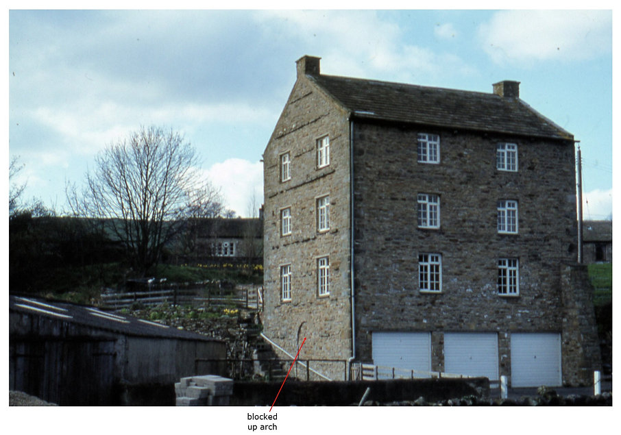 Blocked up arch for mill wheel