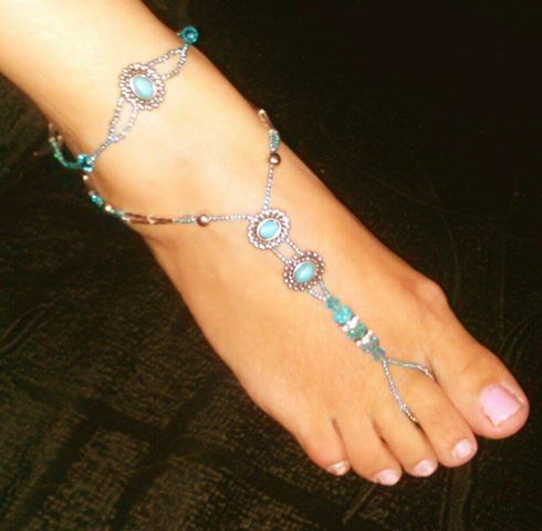 Turquoise Cameo w matching anklets