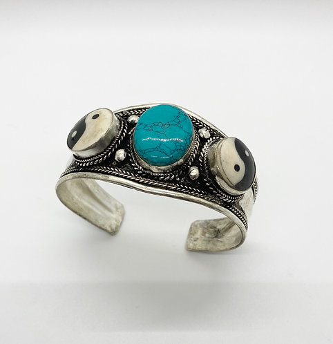 Ethnic Handmade Ying Yang Cuff Metal Bracelet with Turquoise