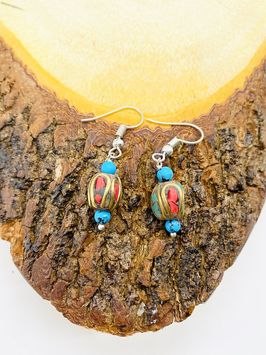 Handmade Antique  Turquoise/Coral Round Earring from Nepal