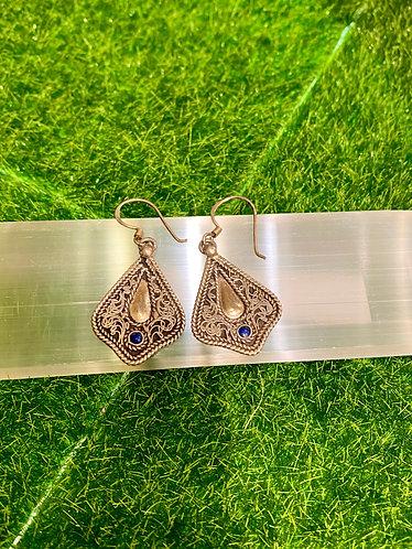 Handmade Filigree Design Lapis Lazuli Sterling Silver Earring from Nepal