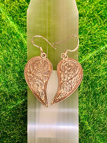 Handmade Filigree Design Wing Shaped Sterling Silver Earring from Nepal