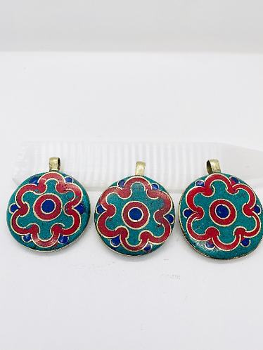 Handmade Flower Design Turquoise Coral Lapis Lazuli pendant with Shell