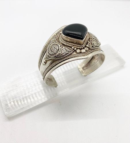 Handmade Black Onyx Silver Bracelet from Nepal