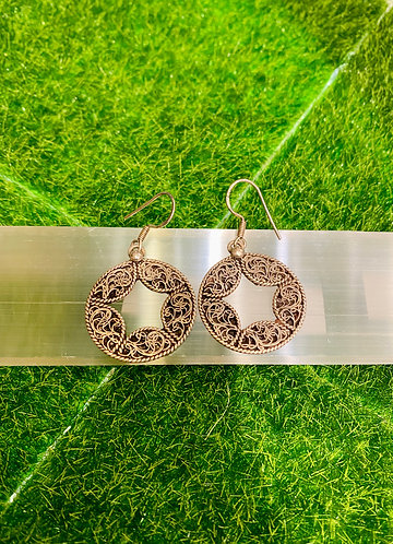Handmade Filgiri Design Round Sterling Silver Earring from Nepal