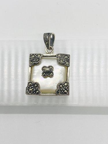 Handmade Silver Moonstone Pendant