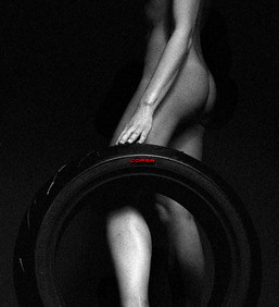 04 Pirelli_Diablo Rosso Corsa0005.jpg