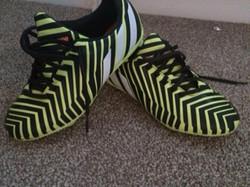 Adidas Predator Kids UK size 5 £20