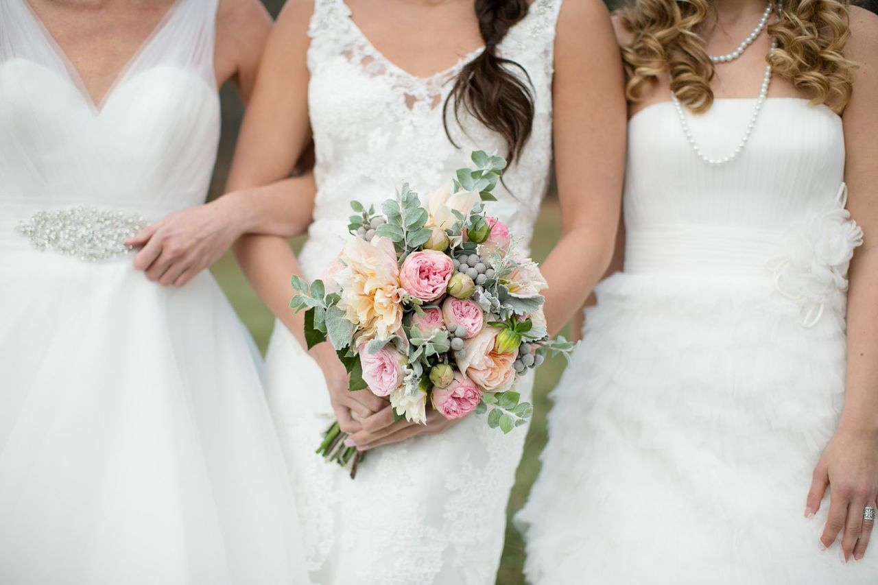 Brides, Dresses and Bouquet