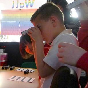 Hartside school students view atomic spectra