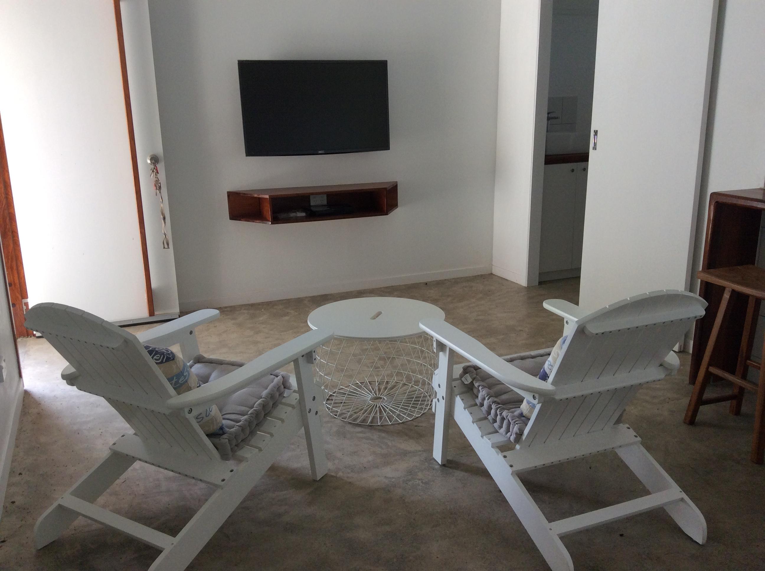 TV area guest pavilion