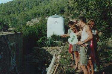 2002 d-1.jpg