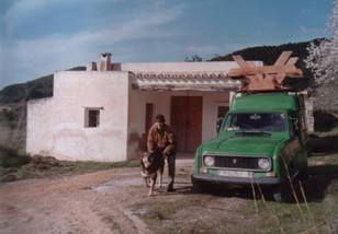 1991 - just arrived at a derilict farmhouse