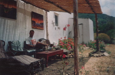 1993 - view of the side of the farm