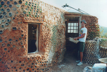 2000 - the bottle house build continues