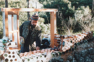 1999 - building the bottle house