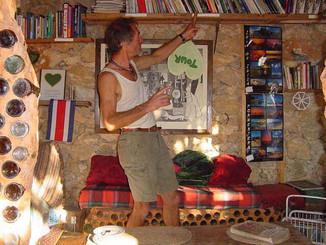 Chris tour - biblioteca.JPG