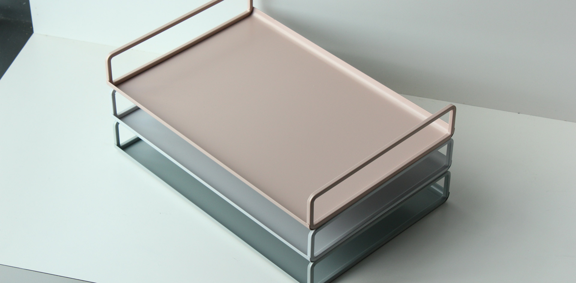 essence tray.jpg