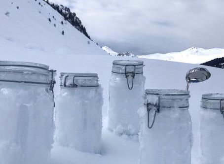 """""""Nevica plastica"""": il progetto di ricerca che rivela la presenza di microplastiche in Valle d'Aosta"""