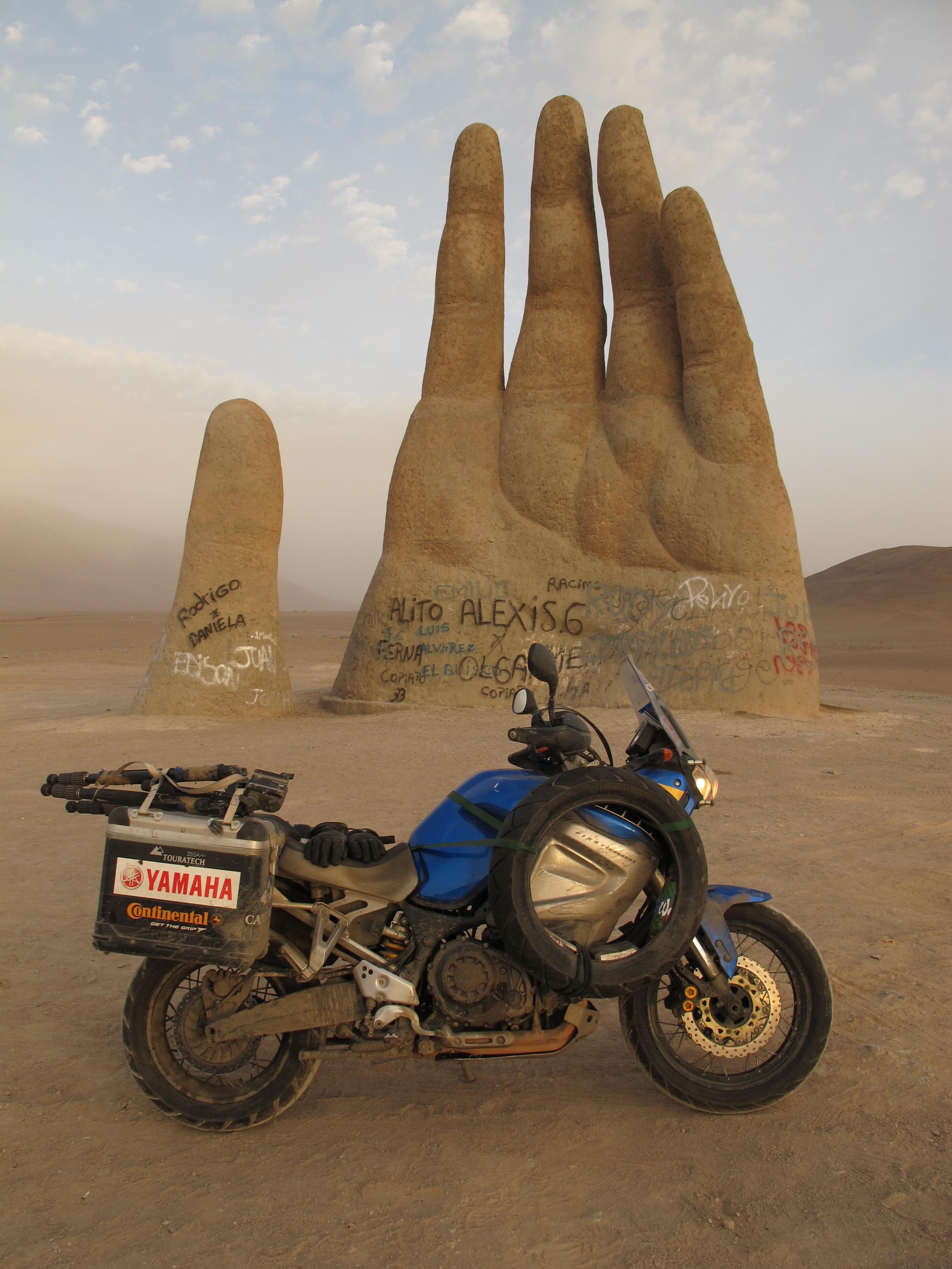 The Hand, Atacama Desert