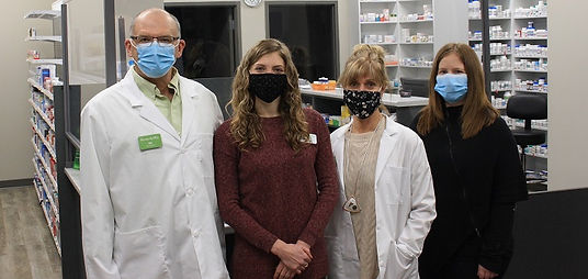 Pharmacist-Bill-Coon-pharmacy-intern-Meg