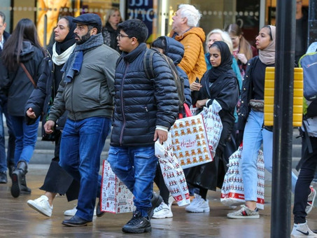 Shopping In Stores Cuts Down on Waste and Returns, Research Says